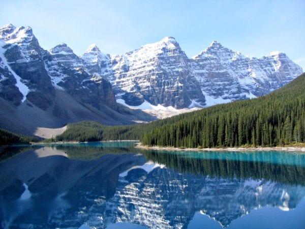 Año escolar en Canadá montañas rocosas